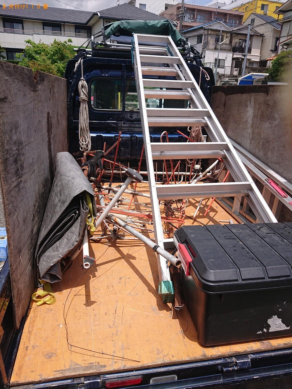 【沖縄市】2階の屋根にあるテレビのアンテナ取り外し・回収ご依頼