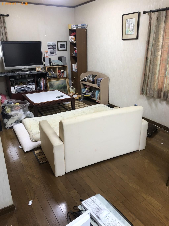 【石垣市】食器棚、ソファー、テレビ、ローテーブル等の回収・処分