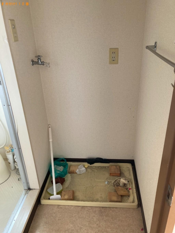 冷蔵庫、洗濯機、シングルベッド、衣装ケース等の回収