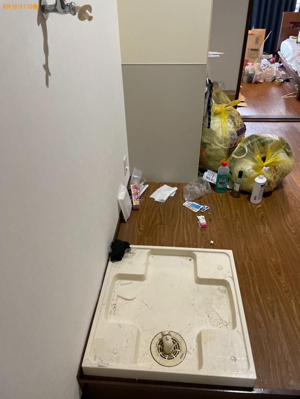 冷蔵庫、洗濯機、電子レンジ、布団、ラック、椅子等の回収・処分